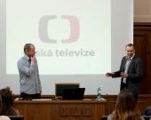 TV Nova versus Česká televize - dva odlišné světy pro komunikaci a zpravodajství (David Pik, Radovan Daněk)