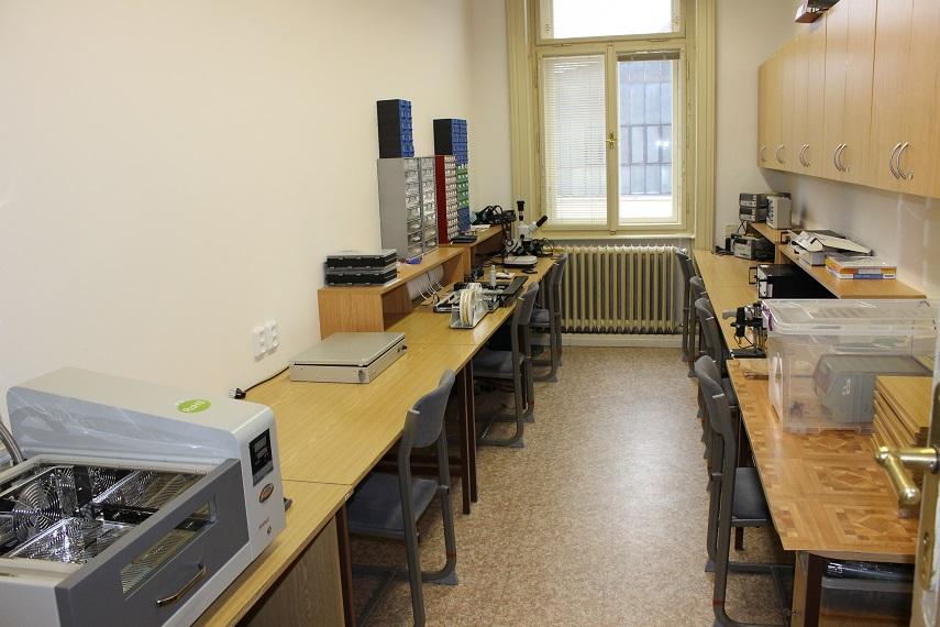 laboratoř vývoje elektroniky